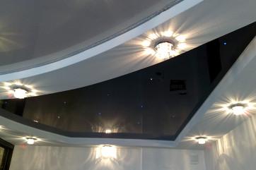 Натяжные потолки в интерьерах в стиле хай-тек