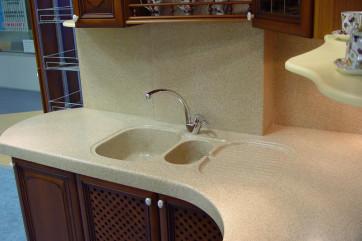Столешницы из искусственного камня: стильный элемент гармоничного декора кухни