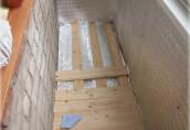 Как выровнять пол на балконе