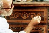 Реставрация мебели — «Частный мастер» исправит любую неполадку