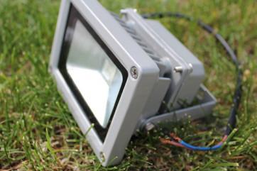 Купить светодиодный прожектор, цена которого оправдана результатом
