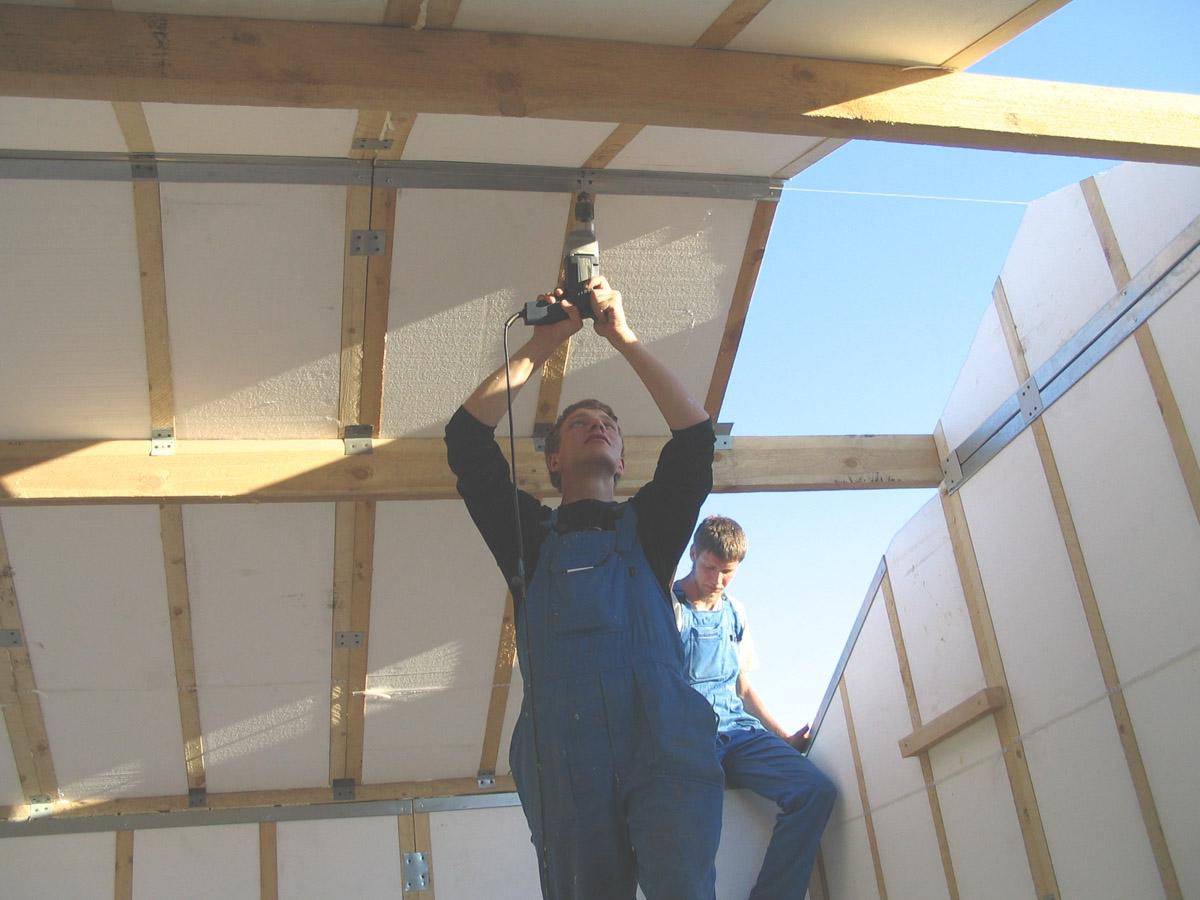 Из чего построить самый дешевый дом своими