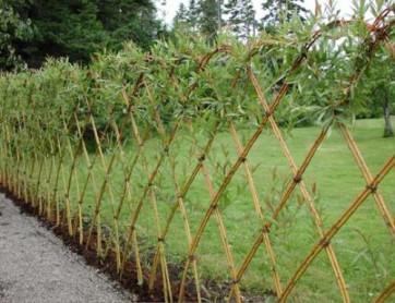 Заборы и изгороди