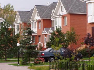 Покупаем или строим загородное жилье