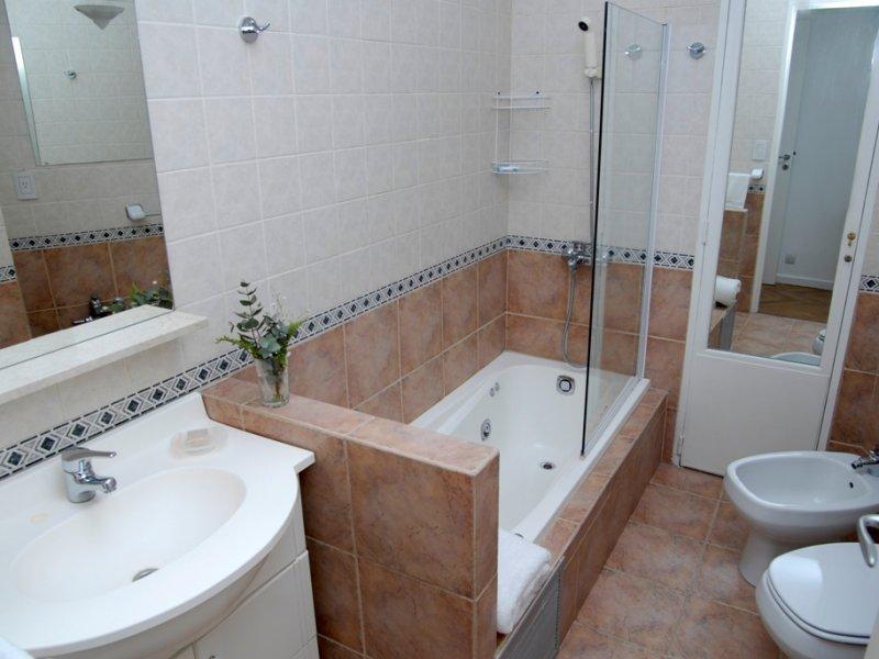 Как сделать ремонт квартир ванных комнат 360