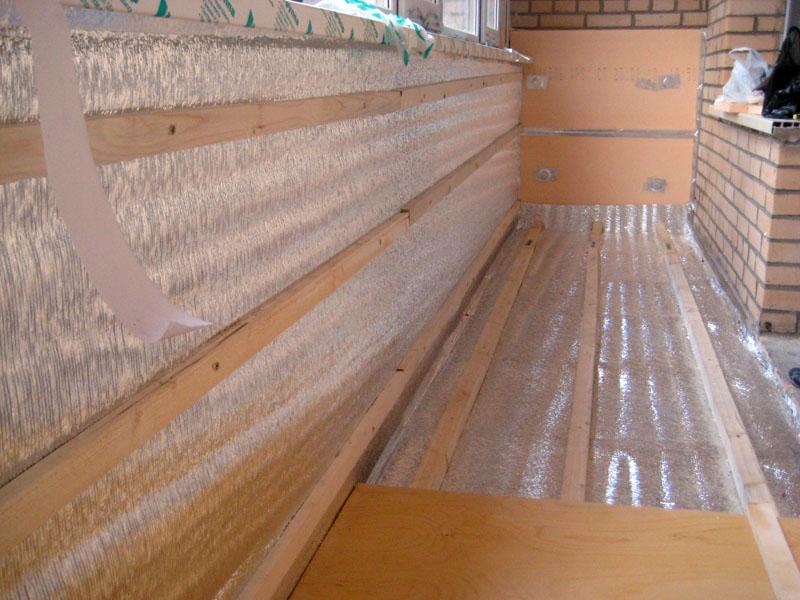 Как правильно утеплить пол на балконе своими руками