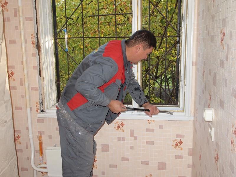 Как самому установить пластиковые окна.