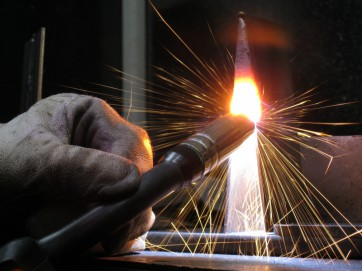 Как научиться варить металл